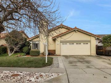 35622 Conovan Ln, Mission Lakes, CA