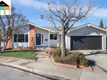 35787 Gissing Pl, Brookvale, CA