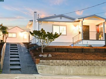 3681 Green Acre Rd, Redwood Heights, CA