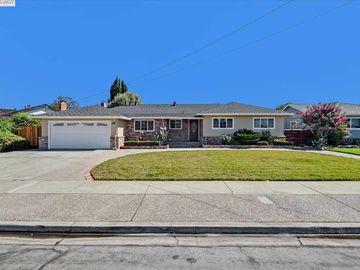 38250 Alta Dr, Glenmoor, CA