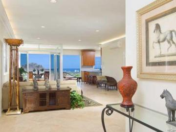 3898 Sierra Dr Honolulu HI Home. Photo 2 of 10