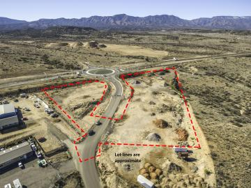 4062 W Old Corral Ln, 5 Acres Or More, AZ