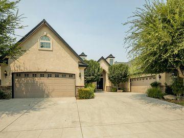 419 W Loyola Ave, Clovis, CA