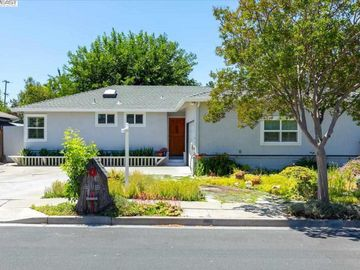 4267 Amherst Way, Jensen Tract, CA