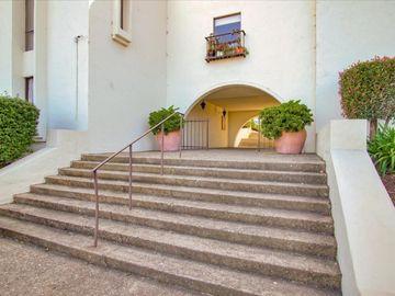 500 Glenwood Cir unit #514, Monterey, CA