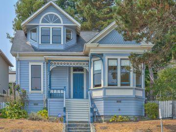 557 Hawthorne St, Monterey, CA