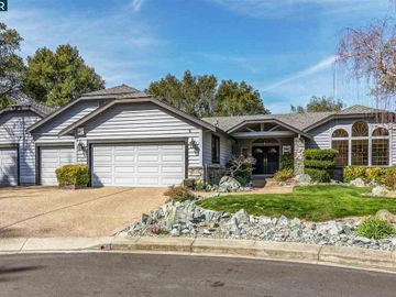 6 Haven Ct, Moraga, CA