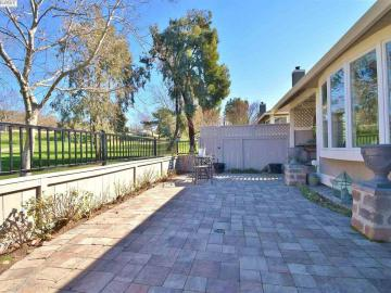 658 Doral Dr, Danville, CA, 94526 Townhouse. Photo 5 of 40