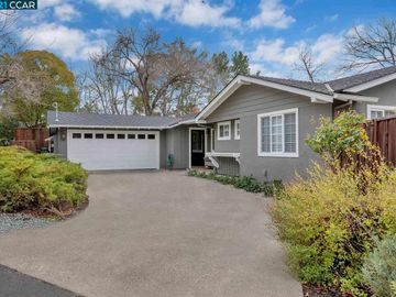 680 La Vista Rd, Lakewood, CA