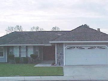 751 Cobblestone Ln, Manteca, CA