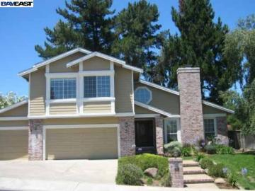 7603 Maywood Dr, Forest Hills, CA
