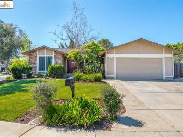 800 Laurelwood Ct, Antioch, CA