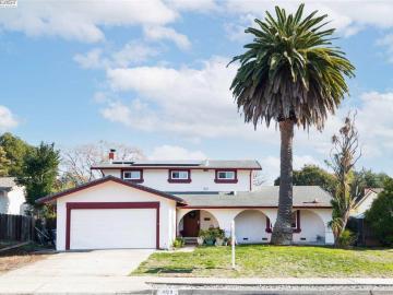 8123 Peppertree Rd, Silvergate, CA