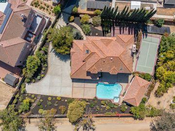822 Navaronne Way Concord CA Home. Photo 2 of 40