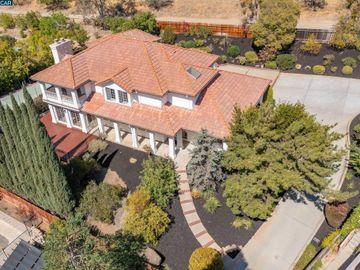 822 Navaronne Way Concord CA Home. Photo 3 of 40