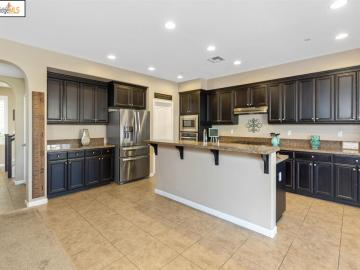 8407 Pinehollow Cir Discovery Bay CA Home. Photo 2 of 40