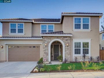 8575 Pinehollow Cir, The Lakes, CA