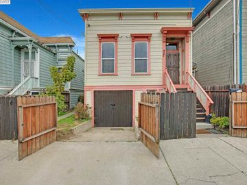 927 Pine St, West Oakland, CA