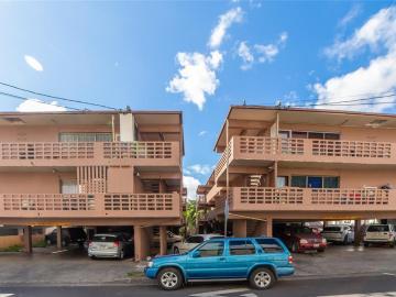 94-303 & 94-305 Pupuole St, Waipahu-lower, HI