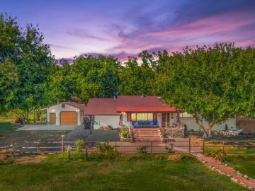 9770 E Cornville Rd, Under 5 Acres, AZ