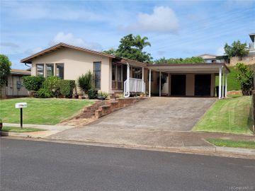 98-1326 Hoohiki St, Waiau, HI
